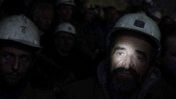 Сви радници Трепче примају накнаде за незапослене Владе Србије, а велико оптерећење представљају радници који су протерани са својих радних места јужно од реке Ибар. - Sputnik Србија