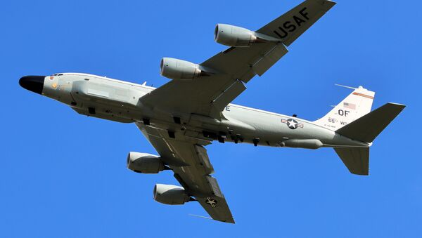 Извиђачки авион америчког ратног ваздухопловства РЦ-135 - Sputnik Србија