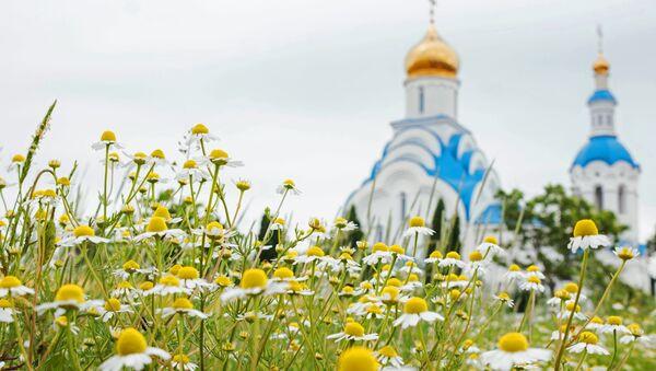 Verovanja u Rusiji: Šta se ne sme raditi na Petrovdan - Sputnik Srbija