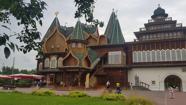Crkva Vaznesenja Gospodnjeg, prva kamenu crkvu u Rusiji sa kupolom u obliku šatora - Sputnik Srbija