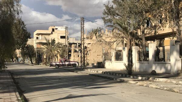 Улица у разрушеној Палмири у Сирији - Sputnik Србија