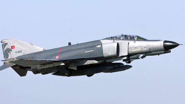 Turski vojni avion F-4E Fantom - Sputnik Srbija