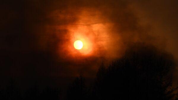 Дим од пожара заклања сунце у Забајкалском крају - Sputnik Србија