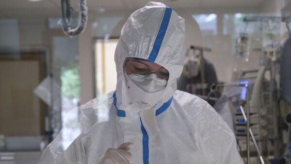 Medicinska sestra u kovid bolnici - Sputnik Srbija