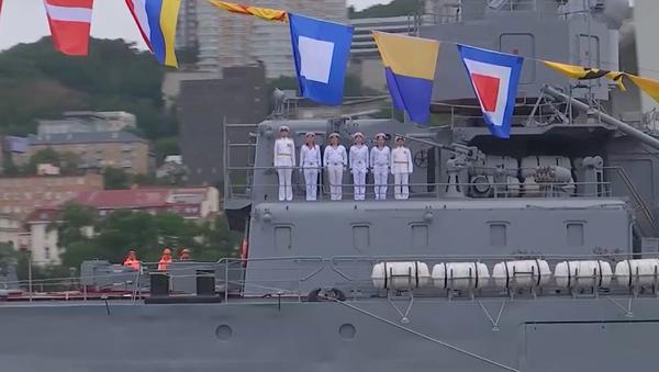 Od Baltijska do Vladivostoka: Parade u čast Dana Ruske mornarice - Sputnik Srbija
