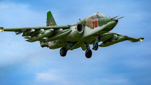 Јуришни авион Су-25 - Sputnik Србија