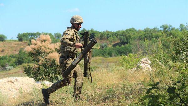 Priprema ukrajinske vojske za operacije u Donbasu - Sputnik Srbija