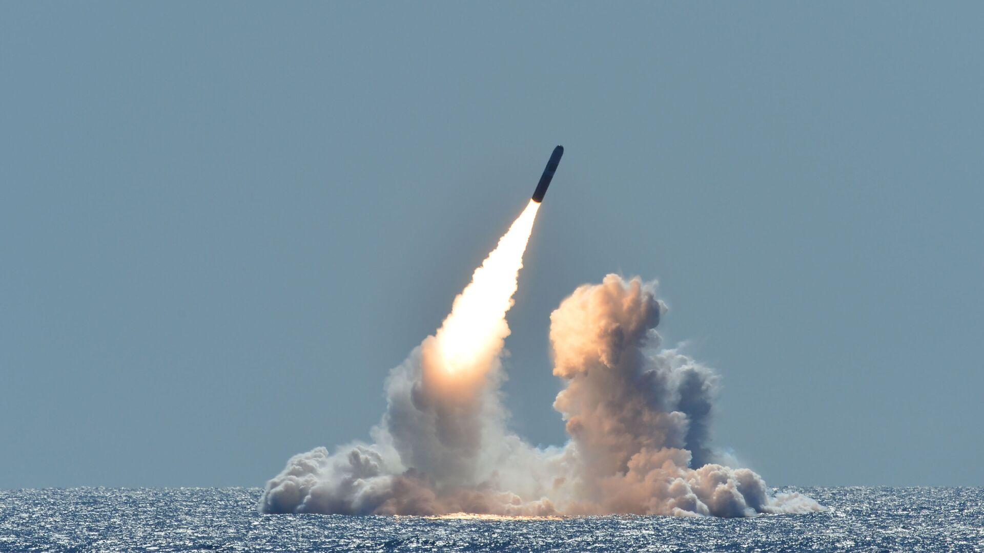 Lansiranje rakete Trajdent II D5 sa američke podmornice Nebraska nedaleko od obale Kalifornije - Sputnik Srbija, 1920, 18.09.2021