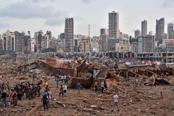 Делови Бејрута сравњени су са земљом у јучерашњој експлозији. - Sputnik Србија