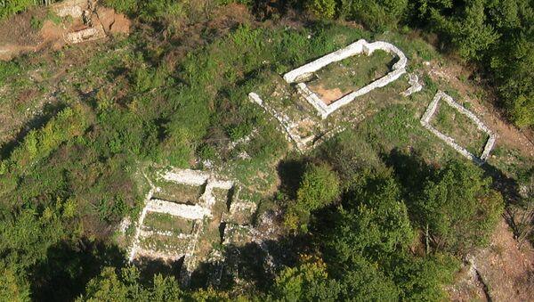 Ostaci utvrđenja Gradina na Jelici - Sputnik Srbija