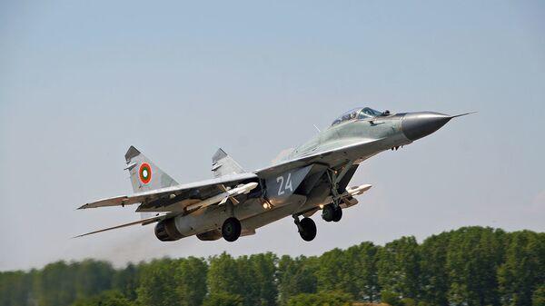 Бугарски војни авион МиГ-29 - Sputnik Србија