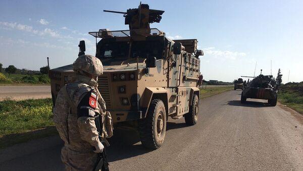 Sovmestnoe rossiйsko-tureckoe patrulirovanie učastka trassы M-4 v zone Idlib - Sputnik Srbija