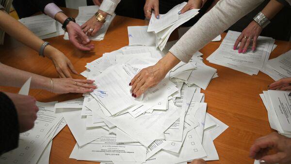 Prebrojavanje glasova na izborima u Belorusiji - Sputnik Srbija