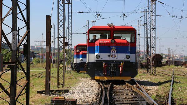 Lokomotive sa zastavom Srbije - Sputnik Srbija