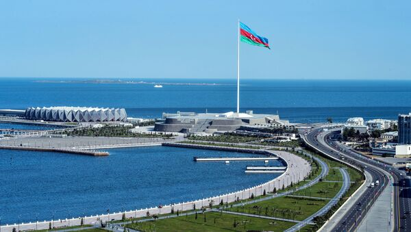 Вид на Баку со смотровой площадки - Sputnik Србија
