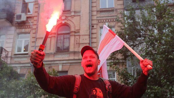 Protesti ispred beloruske ambasade u Kijevu - Sputnik Srbija