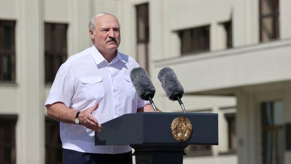 Александар лукашенко на митингу - Sputnik Србија