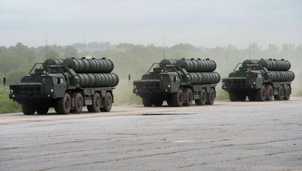 Ruski protivvazdušni raketni sistemi S-400 Trijumf - Sputnik Srbija