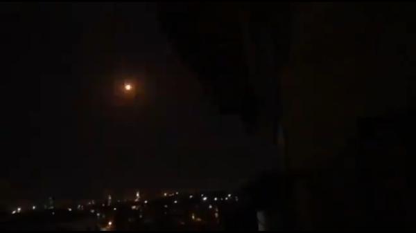 Sirijska protivvazdušna odbrana presreće raketu iznad Damaska - Sputnik Srbija
