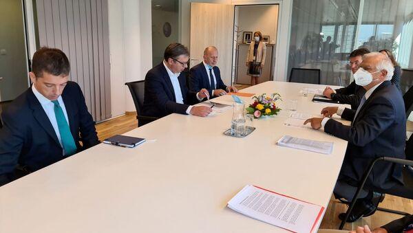 Српска делегација на челу са Александром Вучић на састанку у Бриселу - Sputnik Србија
