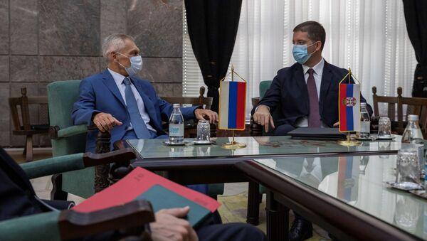 Sastanak Marka Đurića i ruskog ambasadora Aleksandra Bocan-Harčenka - Sputnik Srbija