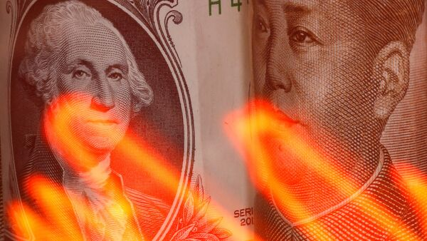 Američki dolar i kineski juan - Sputnik Srbija
