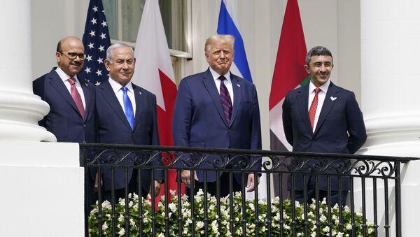 Доналд Трамп и лидери Израела, УАЕ и Бахреина у Белој кући - Sputnik Србија
