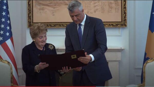 Hašim Tači i bivši državni sekretar Amerike Madlin Olbrajt - Sputnik Srbija