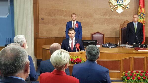 "Lider koalicije ""Mir je naša nacija"" i predsednik Demokratske Crne Gore Aleksa Bečić - Sputnik Srbija"