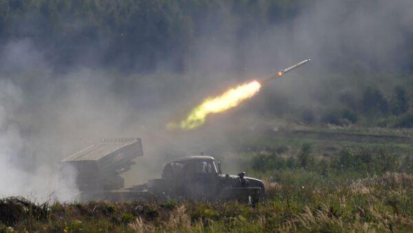 """Višecevni bacač raketa """"Tornado G"""" - Sputnik Srbija"""