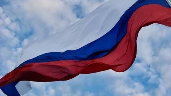 Застава Руске Федерације вијори се на тврђави у Звечану. - Sputnik Србија