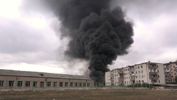 Гранатирање главног града Нагорно-Карабаха, Степанакерта - Sputnik Србија