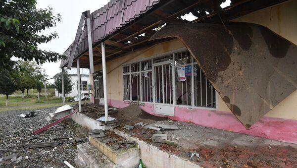 Kuća uništena u granatiranju sela Saridžali u Azerbejdžanu - Sputnik Srbija