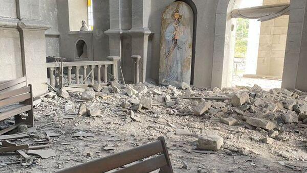 Разрушена црква Светог Христа Спаситеља у граду Шуши у Нагорно-Карабаху - Sputnik Србија