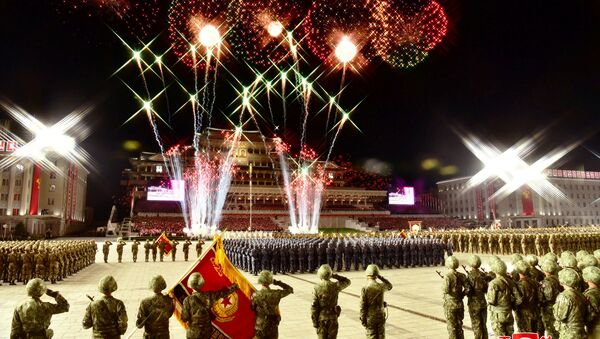 Vatromet na vojnoj paradi u čast 75. godišnjice Radničke partije Severne Koreje  - Sputnik Srbija