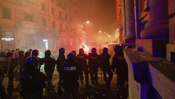 Anti-korona demonstracije u Napulju - Sputnik Srbija