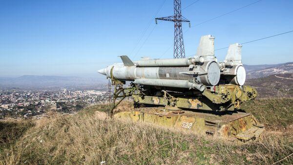 Противаздушни систем Круг на прилазу у Степанакерт, Нагорно-Карабах - Sputnik Србија