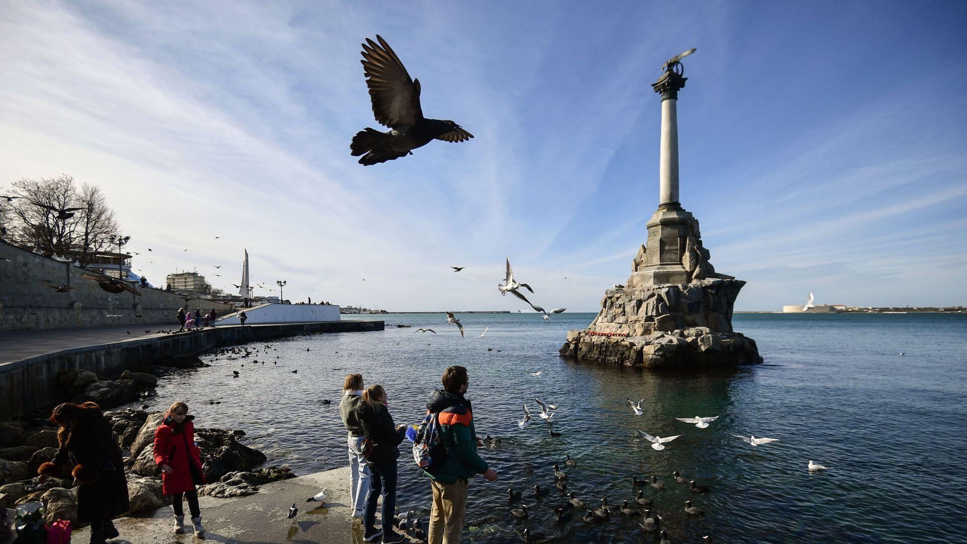 Споменик потопљеним бродовима на обали Севастопоља на Криму - Sputnik Србија, 1920, 09.08.2021