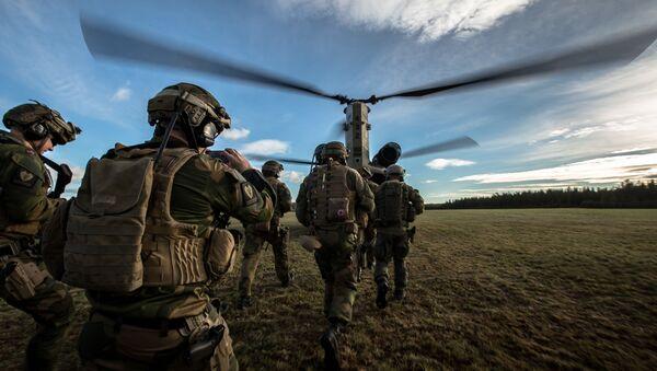 Zajedničke vojne vežbe norveških i snaga NATO-a u Reni - Sputnik Srbija