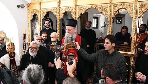 Episkop Joanikije služio pomen mitropolitu Amfilohiju u Cetinjskom manastiru - Sputnik Srbija