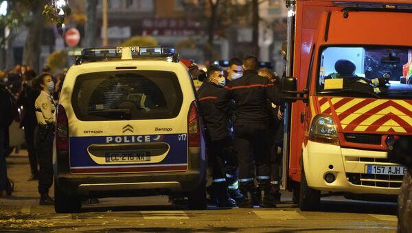 Припадници полиције у француском Лиону - Sputnik Србија