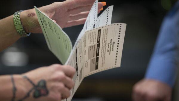 Brojanje glasova posle predsedničkih izbora u SAD - Sputnik Srbija