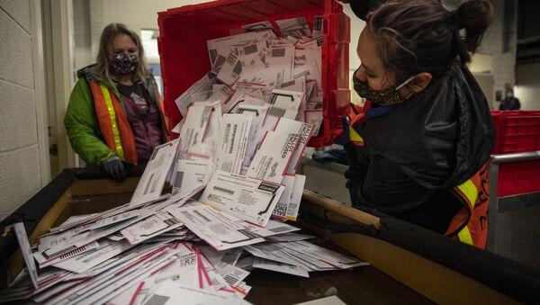 Бројање гласова у Америци - Sputnik Србија