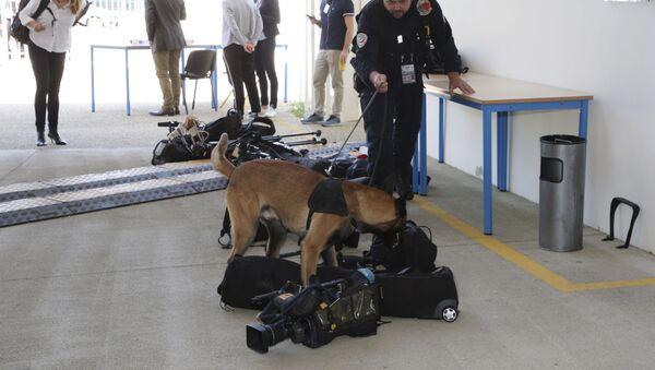 Policijski pas u akciji - Sputnik Srbija