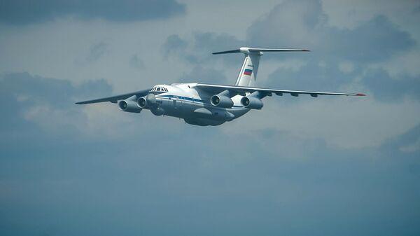 Руски транспортни војни авион Ил-76 - Sputnik Србија