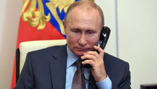 Путин с Алијевим и Пашињаном о поштовању прекида ватре у Карабаху - Sputnik Србија
