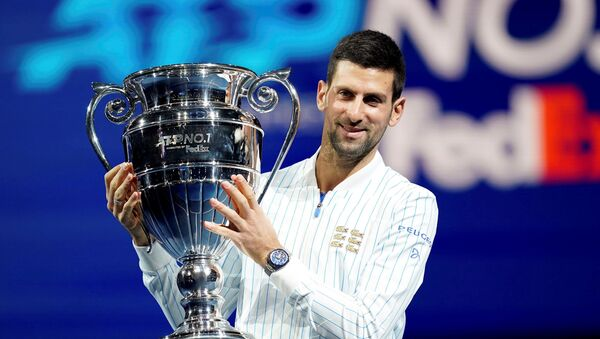 Новаку Ђоковићу шести пут уручен пехар за најбољег тенисера на крају године - Sputnik Србија