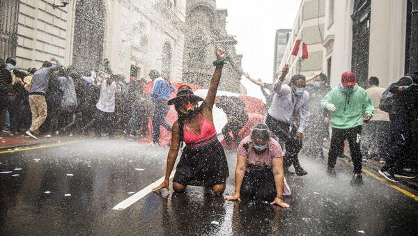 Antivladine demonstracije u Limi, Peru - Sputnik Srbija