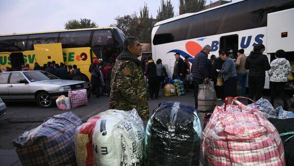 Izbeglice se vraćaju u Nagorno-Karabah - Sputnik Srbija