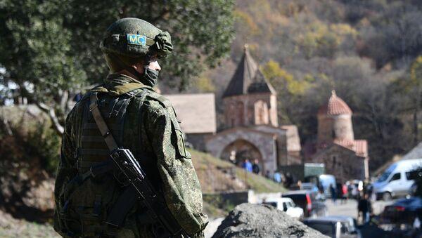 Ruske mirovne snage obezbeđuju manastir Dadivank u Nagorno-Karabahu - Sputnik Srbija